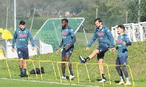 SSC Napoli, il report della seduta: terapie e lavoro in campo per Osimhen, palestra per Ospina