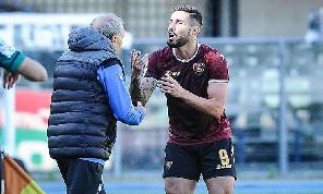CorSport - Il Napoli vuole valutare i progressi di Tutino: l'attaccante andrà in ritiro con gli azzurri
