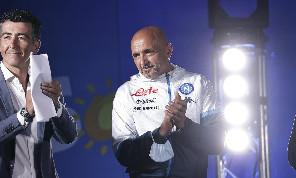 Spalletti durante la presentazione: Il più grande rinforzo di mercato è il ritorno dei tifosi del Napoli allo stadio! Ci stimolano sempre