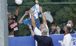 Serie A a rischio sciopero? CorSport: i presidenti aspettano risposte sugli stadi al 50%, De Laurentiis non gradirebbe un mancato assist ai tifosi
