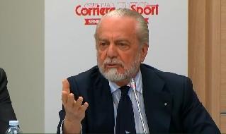 De Rossi-Napoli, clamoroso De Laurentiis: Lo prenderei subito! E' un uomo di sport, magari hanno già venduto la Roma... [VIDEO]