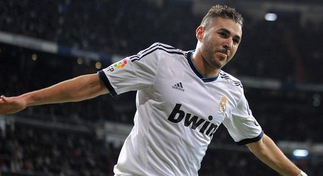 VIDEO - Clasico Barcellona-Real Madrid, spettacolare gol di Benzema in mezza sforbiciata