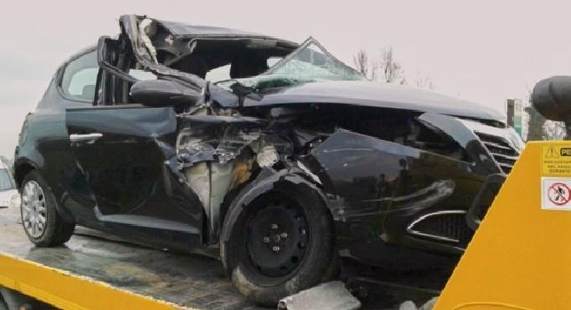 FOTO - Terribile incidente per Gnahorè: schianto con un camion in autostrada, trasportato in elisoccorso