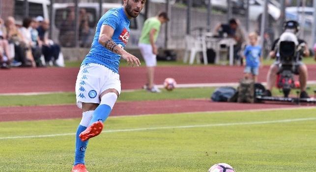 De Laurentiis su Roberto Insigne: E' un attaccante di razza, per caratteristiche più simile a Callejon che a Lorenzo. Nell'amichevole di ieri mi ha impressionato