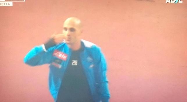 VIDEO - Cannavaro salta e canta coi tifosi del Napoli a fine partita: immagini da brividi al San Paolo