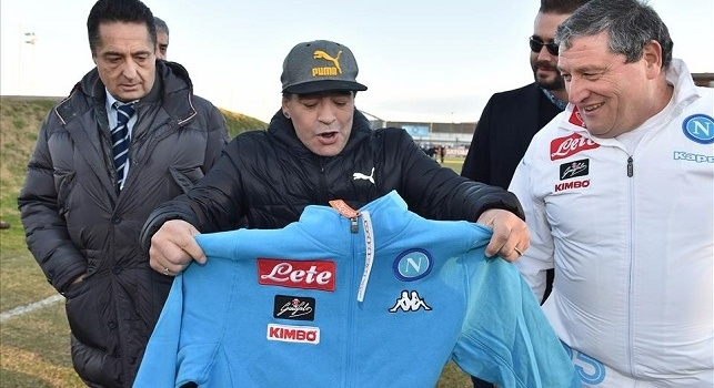 Chiariello: Ha rifiutato la maglia del Napoli, ma se l'avesse chiamato Maradona...