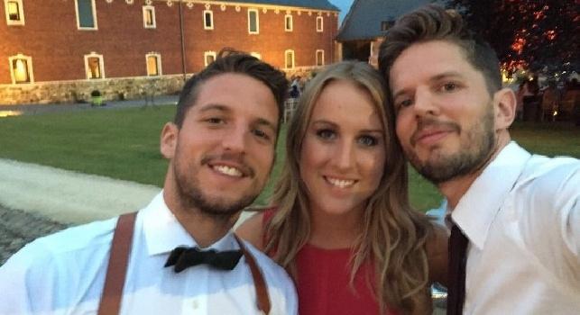 Mertens con moglie e fratello su Twitter: Orgoglioso di te, conto alla rovescia per stasera