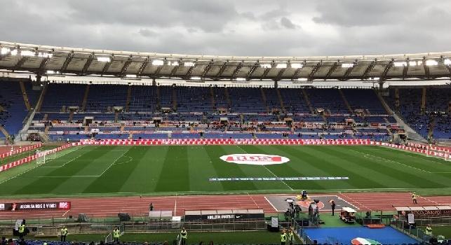 RILEGGI LIVE - Roma-Napoli 1-2 (26', 50' Mertens, 89' Strootman): Reina monumentale, 3 punti fondamentali per gli azzurri che espugnano l'Olimpico!
