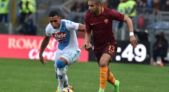 Faouzi Ghoulam è un calciatore francese naturalizzato algerino, difensore del Napoli e della Nazionale algerina