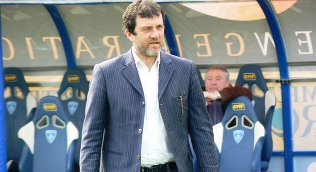 Cagliari, Carli: Con Sarri mi sento spesso, era molto arrabbiato per il pari con il Sassuolo. Scudetto? Napoli fatica ad assorbire le delusioni