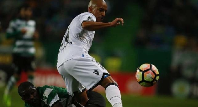 Sky - Casting terzini, il Napoli guarda anche all'estero: tre nomi attenzionati, piace l'assist-man del Vitoria Guimaraes. La situazione