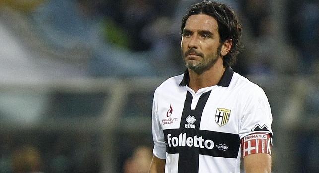 Roma favorita, il Parma fa parlare Lucarelli: Rigore netto, non siamo gli scemi del villaggio