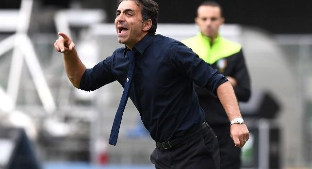 Serie B - Avellino salvo, Frosinone ai play off: due napoletani riportano il Verona in A