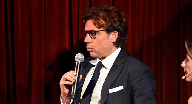Cristiano Giuntoli è un dirigente sportivo ed ex calciatore italiano, di ruolo centrocampista, attuale direttore sportivo del Napoli