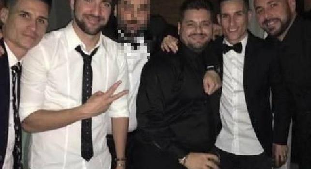 Il Mattino - I fratelli Cannavaro inserirono nel mondo 'ermetico' della movida diversi azzurri: Sarri stanò i propri fuoriclasse