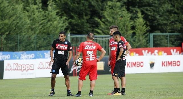 Faouzi Ghoulam e Adam Ounas, terzino sinistro ed attaccante esterno del Napoli