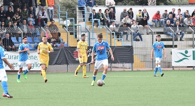UFFICIALE - Termina anzitempo l'esperienza alla Fermana dell'azzurrino Acunzo: il classe '98 torna al Napoli