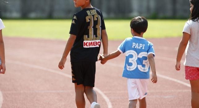I figli di Allan, Jorginho e Albiol sul campo di Dimaro [FOTOGALLERY CN24]