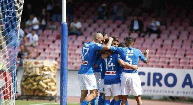 Napoli-Cagliari, le pagelle: Mertens <i>pericolo costante</i>, Reina <i>inoperoso</i>! Hamsik <i>ad un passo</i> da Diego, Jorginho e Koulibaly impressionanti