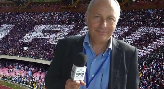 Carmine Martino con il San Paolo sullo sfondo