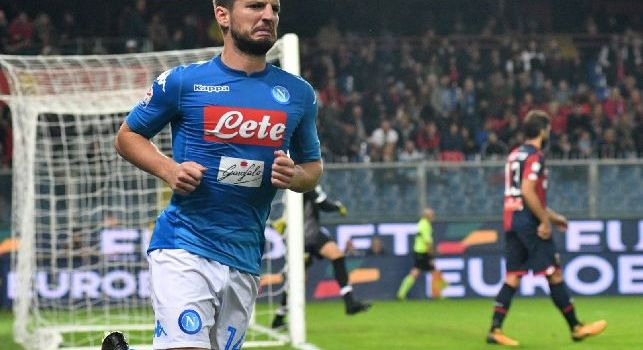 Dries Mertens è un calciatore belga, ala o attaccante del Napoli e della nazionale belga