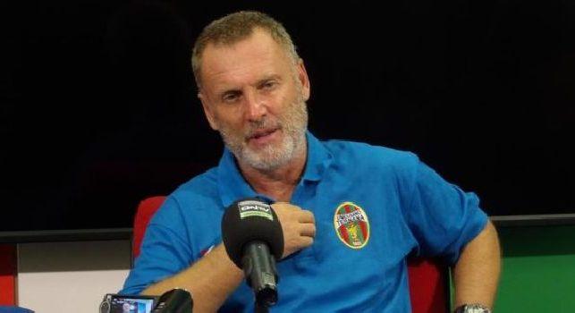 Pochesci a CN24: Il Genoa ha già pronto il nuovo allenatore, Juric non arriverà al derby. Mourinho? Gesto da dilettante, si deve vergognare!