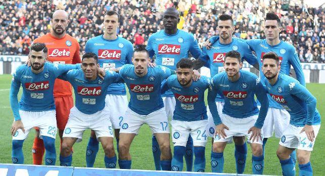 Udinese-Napoli, le pagelle: Jorginho <i>fa tutto da solo</i>, Maggio si toglie i <i>macigni</i> dalle scarpe! Koulibaly-Chiriches <i>muri</i>, di Hamsik <i>continueremo a parlare...</i>