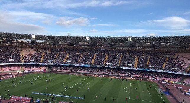 RILEGGI DIRETTA - Napoli-Fiorentina 0-0: termina la sfida, gli azzurri non sfondano il muro di Pioli. Fallito il sorpasso in testa alla classifica