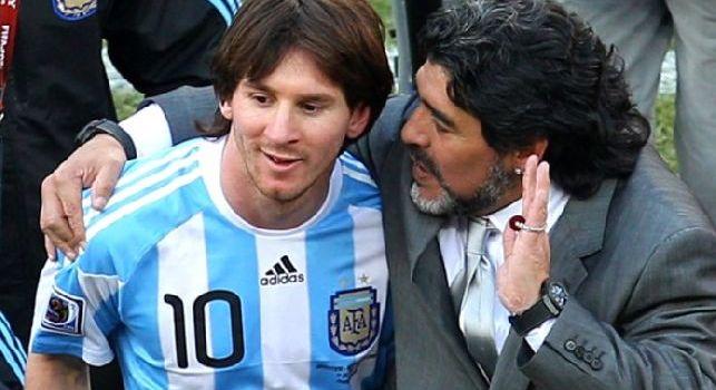 Messi insieme a Maradona