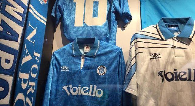 Il Napoli nel Mito - Da Maradona e Juliano a Protti ed Hamsik: la storia delle divise azzurre esposte al MANN [FOTOGALLERY CN24]