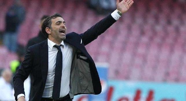 Hellas Verona, Pecchia si sfoga: Una volta i tifosi mi fecero alzare la maglietta, credevano avessi un tatuaggio del Napoli!