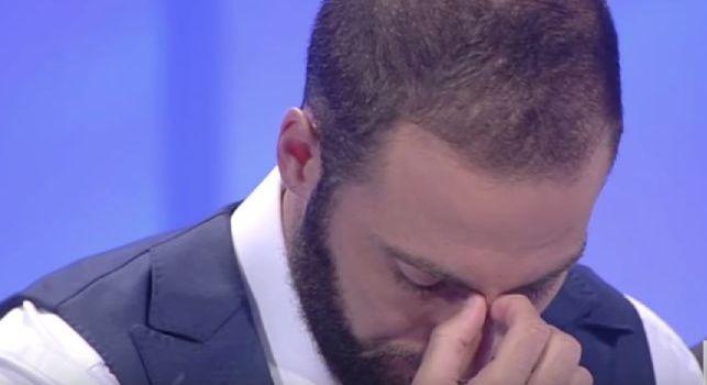 Dal Napoli alla Juve, Higuain ritorna a 'C'è posta per te': storia toccante, Pipita quasi in lacrime [VIDEO]