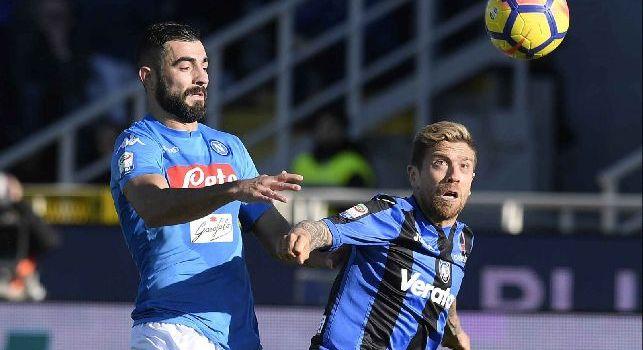 Il Roma - Albiol non ce la fa, salta il match con il Lipsia: Sarri valuta le alternative