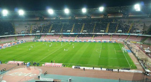RILEGGI DIRETTA - Napoli-Lazio 4-1 (3' De Vrij, 43' Callejon, 53' Wallace aut., 56' Mario Rui, 72' Mertens): gli azzurri travolgono la Lazio di Inzaghi. San Paolo in delirio, c'è il sorpasso sulla Juventus!