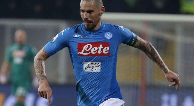 Inter-Napoli, svelati colori delle maglie da gioco: uomini di Sarri in azzurro [FOTO]