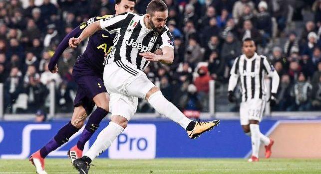 Gonzalo Gerardo Higuaín è un calciatore argentino, attaccante della Juventus e della nazionale argentina