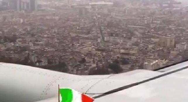 Il Lipsia è atterrato a Capodichino alle 15.10, i tedeschi alloggeranno all'Hotel Vesuvio [FOTO]