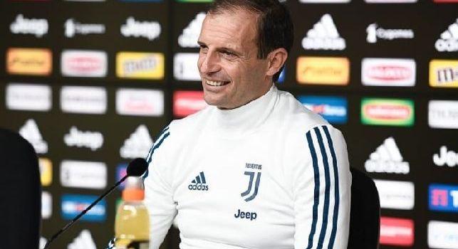 Juventus, Allegri: L'episodio di Sarri è il segnale che il Napoli soffre la pressione? Non commento. Possono arrivare a 100 punti, senza di loro campionato finito