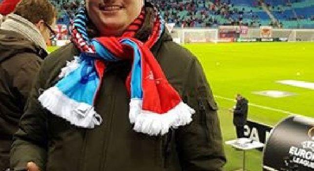 Rog addolcisce l'eliminazione, splendido regalo a un tifoso del Napoli a Lipsia [FOTO CN24]