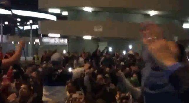 Solita vergogna al Meazza: i tifosi dell'Inter intonano cori beceri contro Napoli ed i napoletani!