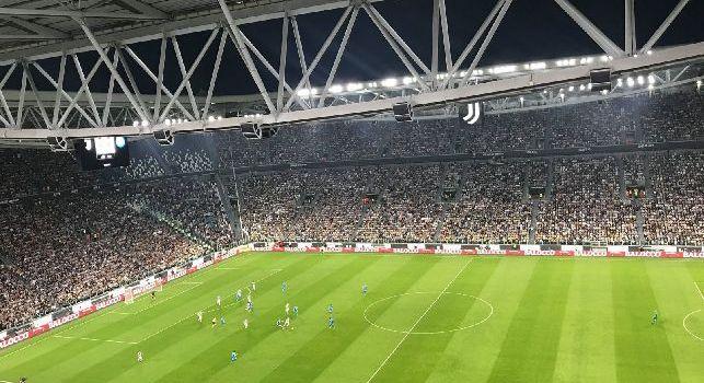 Juventus, stangata abbonamenti: i tifosi pagheranno il 30% in più per rinnovare la tessera
