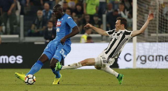 UFFICIALE - L'ex Juventus Lichtsteiner si ritira dal calcio: Ho deciso, ora basta
