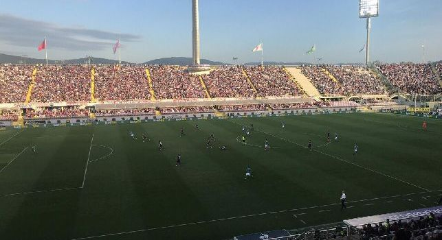 UFFICIALE - Fiorentina sanzionata per cori insultanti di matrice territoriale contro Napoli: multa da 12mila euro