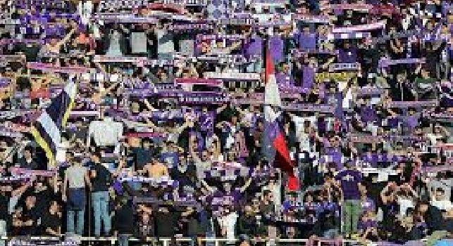 Da Firenze - Circa 300 tifosi viola al San Paolo per sostenere la squadra di Pioli