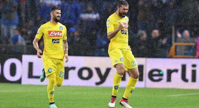 Gazzetta - Albiol ha annunciato al Napoli che non seguirà Sarri al Chelsea: una ragione familiare dietro la decisione dello spagnolo