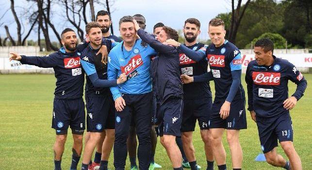 Ssc Napoli, lo storico fisioterapista D'Avino lascia il club dopo 13 anni: emozionante messaggio d'addio