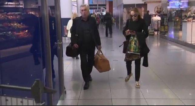 Ancelotti a Capodichino: la foto-notizia è una fake news, l'immagine risale al 2017 [FOTO]