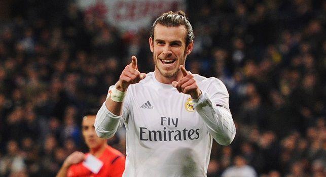 Bale nella storia, eurogol al Liverpool: rovesciata spettacolare per il vantaggio del Real Madrid [VIDEO]