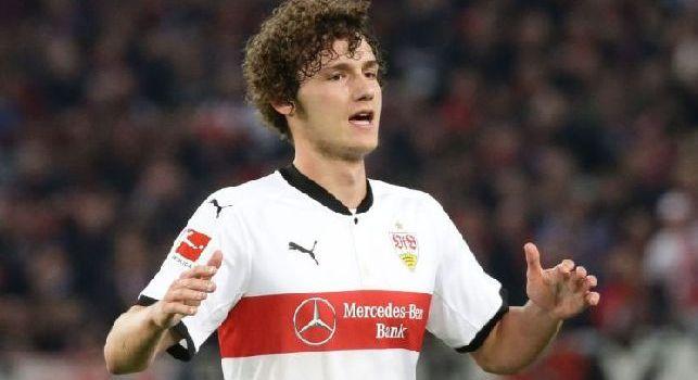 L'obiettivo del Napoli Pavard smentisce le voci sul Bayern: Non ho nessun accordo, per ora penso allo Stoccarda