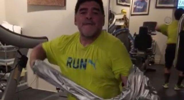 Maradona in Colombia per alcuni test medici, potrebbe essere operato al ginocchio destro [FOTO]